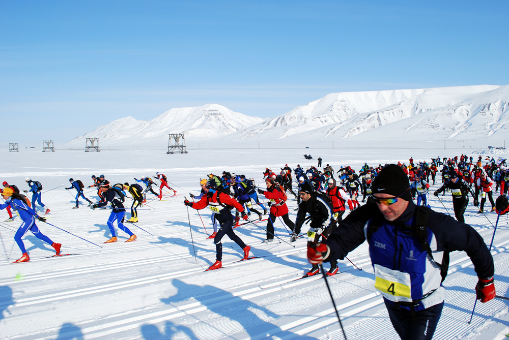 http://www.icepeople.net/images/050509/race.jpg